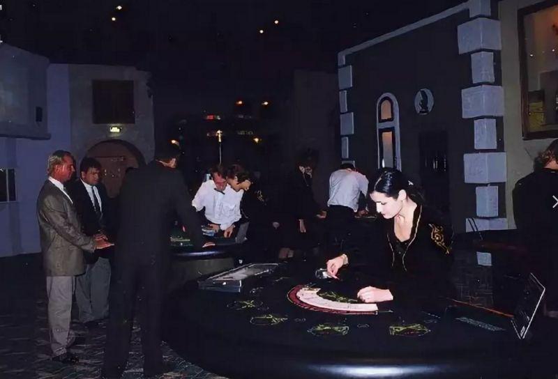 Самые знаменитые казино Москвы 1990-х | Назад в 90-е | Яндекс Дзен
