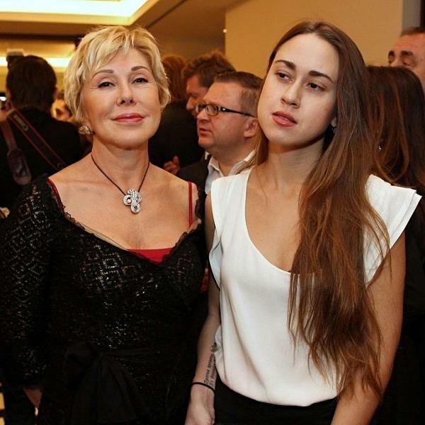 5 детей знаменитостей России, которые засветились в громком скандале.