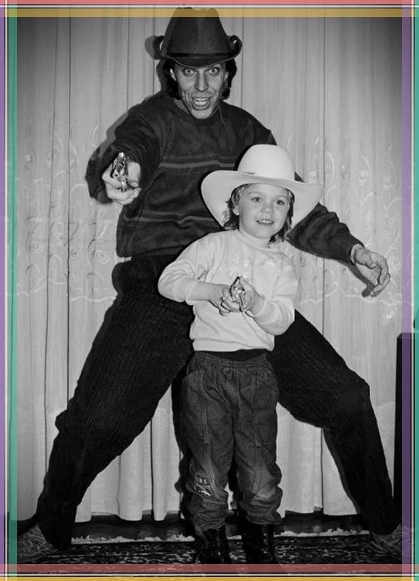 Андрей Букин с сыном.