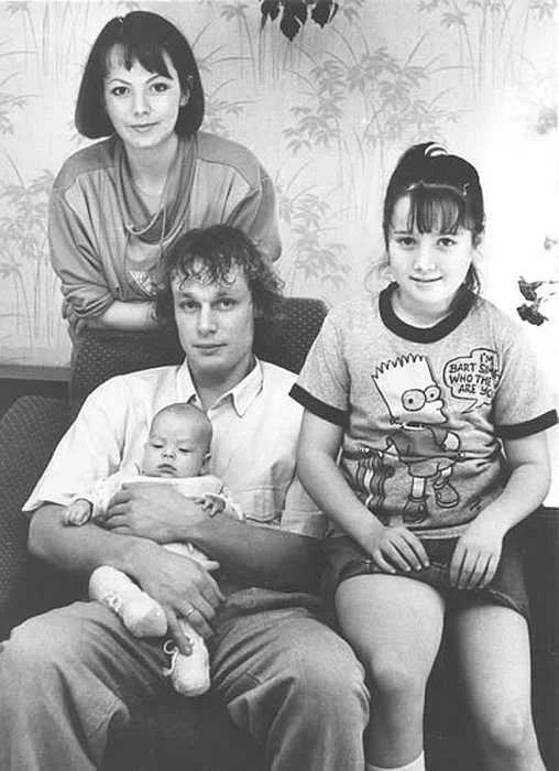 Вера Новикова с мужем и детьми